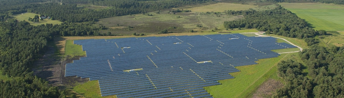 Grid batteries can smooth and time shift solar output